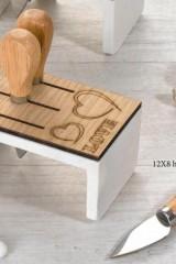 Ceppo-legno-e-resina-con-3-coltelli-da-formaggio-scatola-pvc-porta-confetti-interna-e-scatola.-CM-12x8-H-6.5-MADE-IN-ITALY-Codice-DC19013