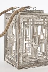 Lanterna-geometrica-in-legno-con-manico-legno.-CM-12x12-H-12-Codice-CBX2004