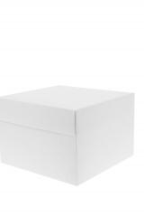 Scatola astuccio in cartone effetto lino bianco. Fondo con coperchio automontate. Misure:16,5x16,5x8.Cod.1715271574
